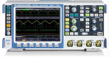 Osciloscopio con voltímetro y contador de frecuencia