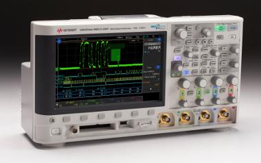Osciloscopios con pantalla táctil capacitiva