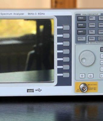 """Analizadores de espectro con TFT LCD de 8,4"""""""