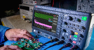 Osciloscopios de 4 canales y 200 MHz
